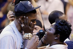 KD with his mama Wanda Pratt