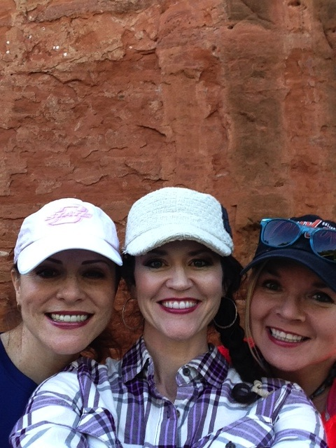 And took a selfie with red rock as your backdrop? WE DID.